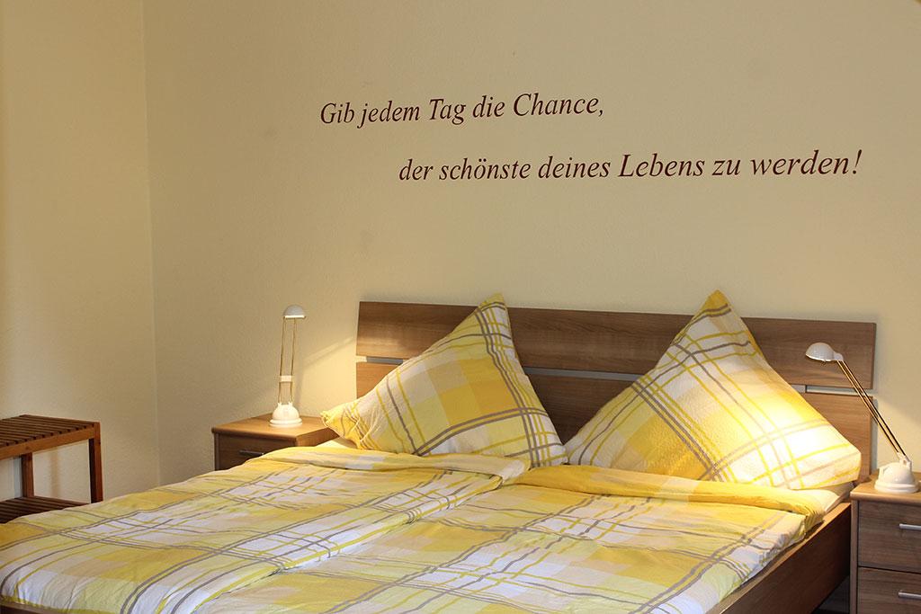 Modernes Elternschlafzimmer Ferienwohnung Nr. 4 auf dem Gutshof Schulze Althoff
