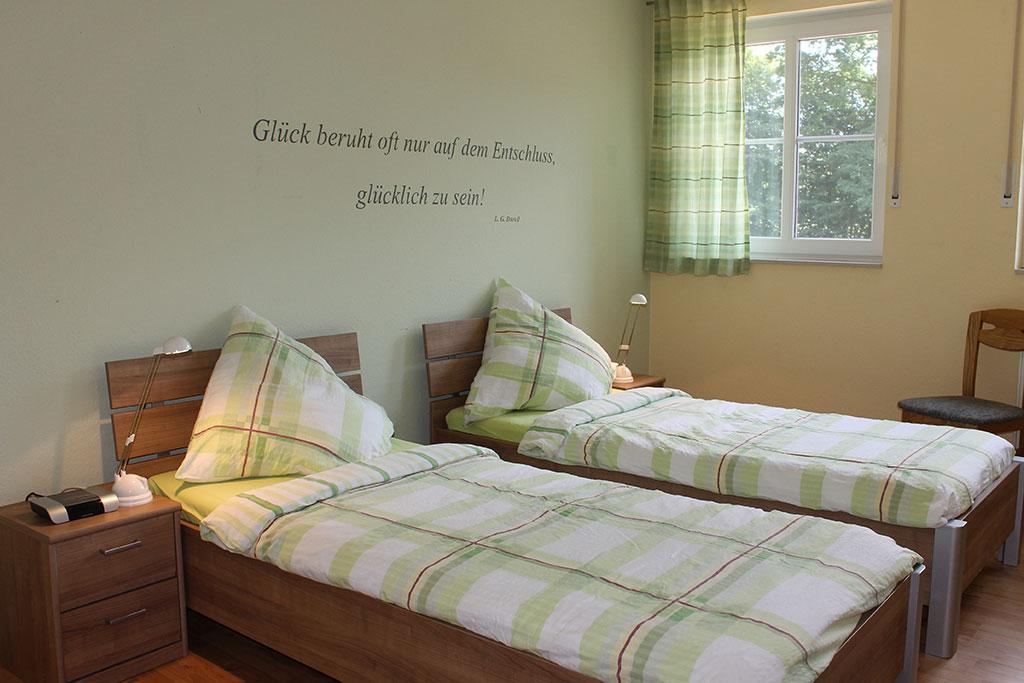 Modernes Schlafzimmer Ferienwohnung Nr. 5 auf dem Gutshof Schulze Althoff